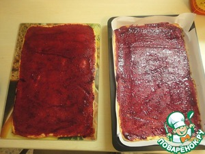 Lubricated with jam, 4 tbsp. for each layer (where was the paper).