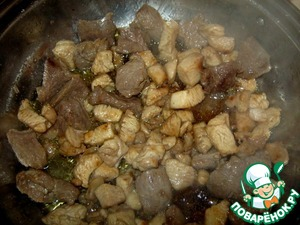 Beef and chicken cut into cubes and fry in vegetable oil until Golden brown.