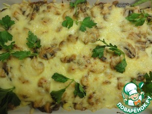Cheese to grate on a coarse grater, put on top of mushrooms. Put into the oven for 15-20 minutes.
