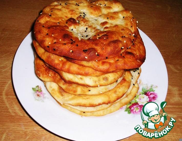 Рецепт: Индийские лепешки Бхатури