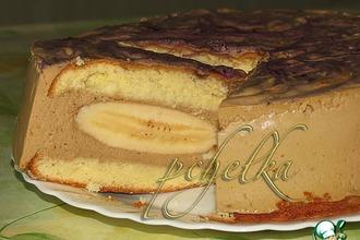 Рецепт: Сливочно-кофейный торт с бананами