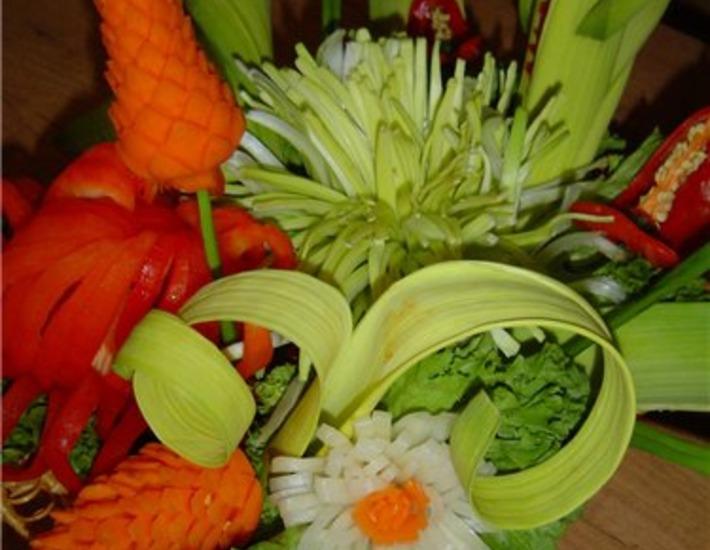 Рецепт: Цветок из лука-порея