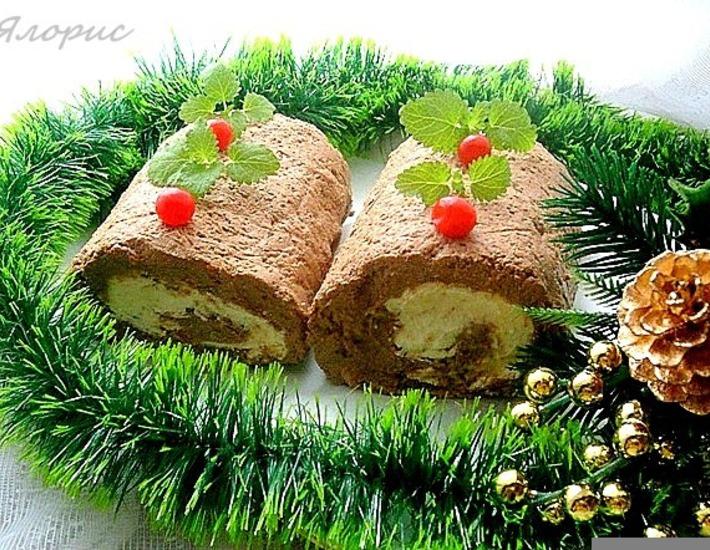 Рецепт: Сырно-печеночный рулет Накануне Рождества