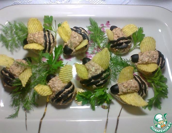 Рецепт: Канапе Пчёлка