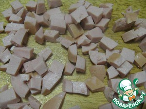 5. Cook sausage, cool and cut into small cubes.
