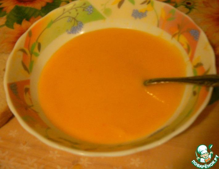 Рецепт: Тыквенный суп-пюре с имбирем и сельдереем