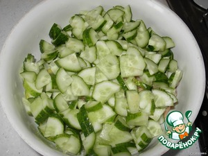 Then pickles. In winter, put salt, it turns out even tastier.