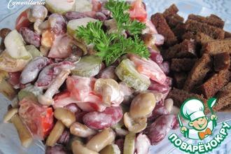 Рецепт: Салат с фасолью Хрустящий
