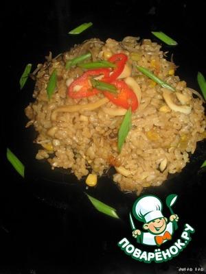 Безумно ароматный, рассыпчатый, не сухой, вкуснейший рис готов!    Я ела его и горячим, и холодным.