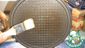 Before baking the first pancake grease heated electrovalence butter. In the future, you do not need.