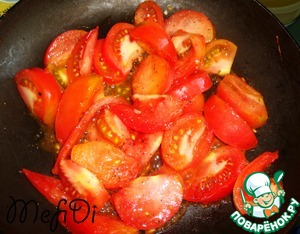 Tomato fry with black pepper.