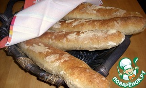 The baguettes are ready leave to cool under a towel on the grill or better in a wicker basket.   Who cares, baguettes can be frozen. To do this, bake for 10 minutes until Golden brown. Food processor, not defrosting, in a preheated 200 gr. the oven 10 min.