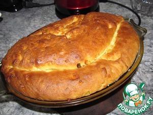 Перед выпечкой хорошо смазываем пирог растопленным маслом.   Выпекаем при 180*С 50-60 минут.