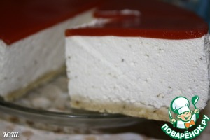 The cake was eaten with black bread, very tender with a pronounced spicy note of Basil. Can a layer of biscuits not to do can also be done in the form of snack bars cakes in silicone molds.