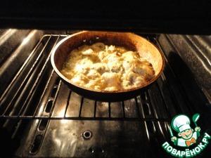 Отправляем в разогретую до 180-200 градусов духовку на 20 минут.