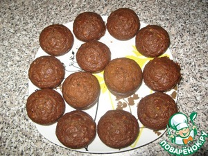 4. The finished muffins to cool and sprinkle with powdered sugar.