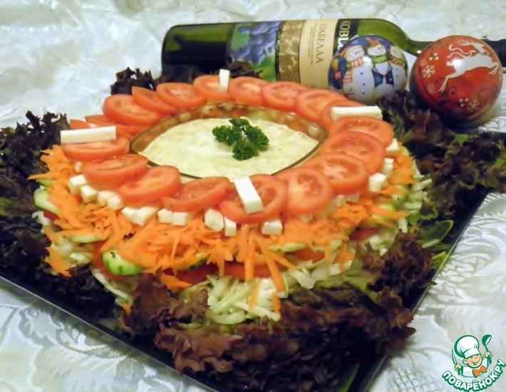 Рецепт: Многослойный витаминный салат Зимний цветок