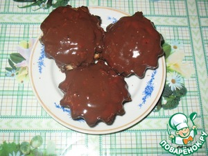 3. Bake at 200 C (180) for about 30 minutes. Allow to cool 10 minutes.   Heat the chocolate. Pour hot chocolate cupcakes.