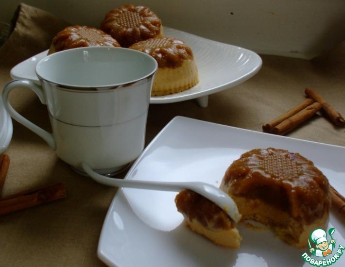 Рецепт: Яблочные пирожные с карамельным муссом