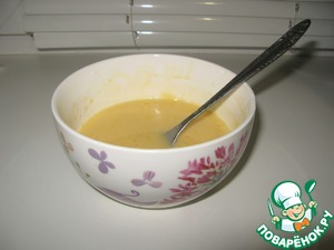 1. Mix sugar, egg and flour, add milk, butter and oils whisking until smooth.