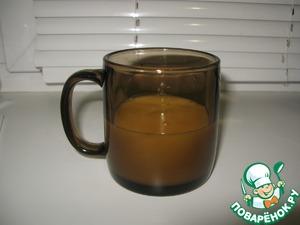 2. Pour the resulting mass into a mug.
