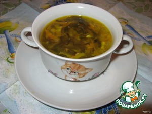 Проварить, положить морскую капусту и рыбу. Минут через семь суп готов.