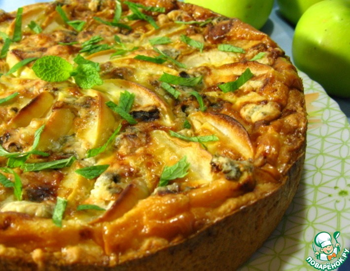 Рецепт: Яблочный пирог с сыром