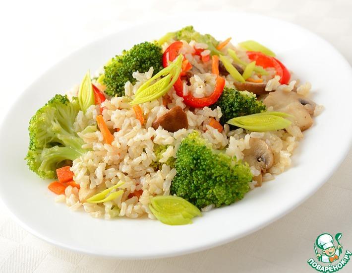 Рецепт: Жареный рис с овощами и грибами