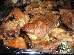 Когда мясо постояло, разогреваем духовку, заматываем в фольгу и печем!Готово! Наслаждайтесь!