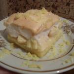 Пирог с яблоками под воздушной хмаркой