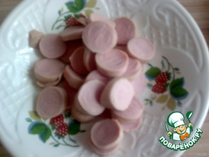 Sausages cut into slices