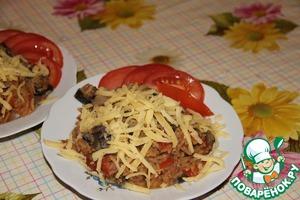 Разложить по тарелкам и сверху посыпать тертым сыром!