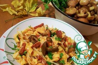 Рецепт: Домашняя паста с грибами и беконом