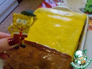 Можно торт украсить глазурью (1/2 стакана): вылить сверху на корж и посыпать орехами.