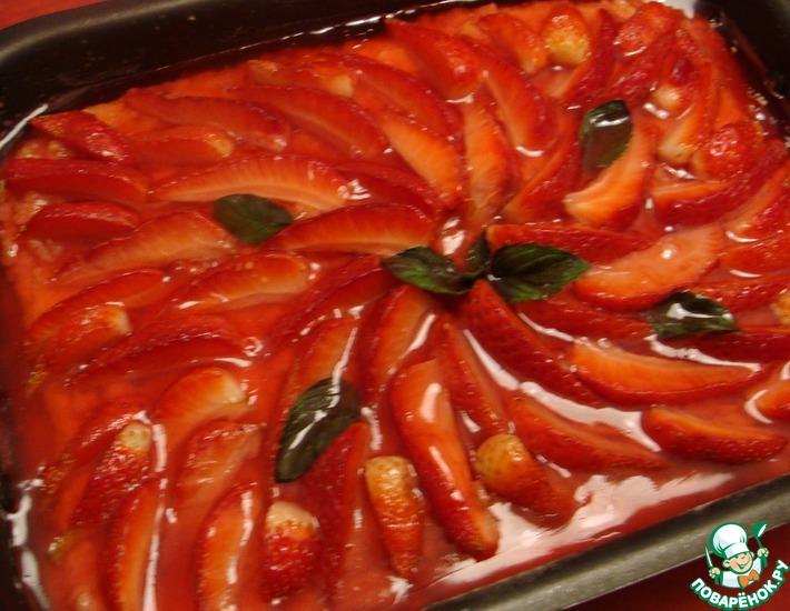 Рецепт: Клубнично-творожный пирог