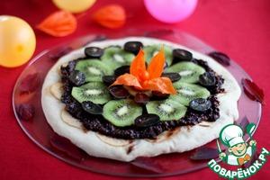 Рецепт Десертная пицца с шоколадно-ореховым кремом и фруктами. Детский праздник в итальянском стиле. Часть 2.