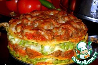 Рецепт: Пирог с фрикадельками и зеленым горошком