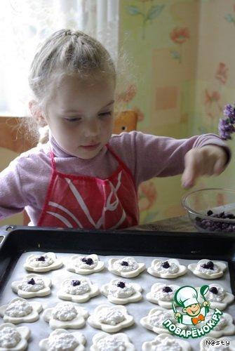 Печенье Слоеные ромашки