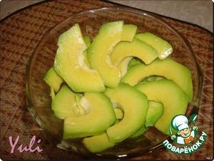 Салат из креветок с клубникой – кулинарный рецепт