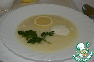 When serving, decorate the soup with parsley and slice of lemon. Bon appetit!