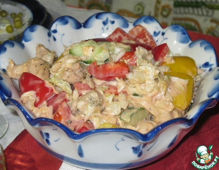 Рецепт: Салат с курицей и китайской капустой