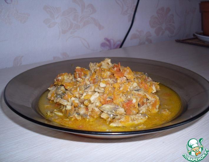Рецепт: Мойва, тушенная с овощами