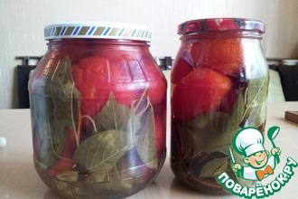 Рецепт: Помидоры с вишневыми листьями