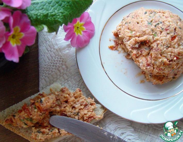 Рецепт: Сырная паста с тархуном и вялеными томатами