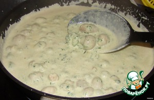 Сливочный соус со шпинатом и грибами – кулинарный рецепт