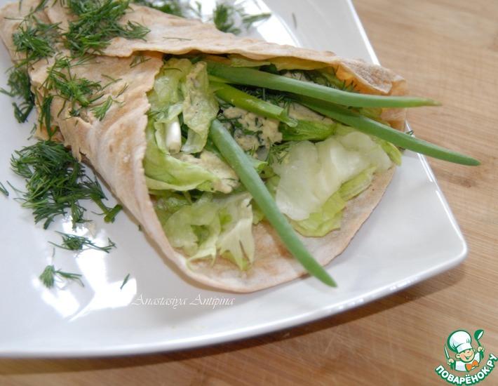 Рецепт: Чечевичные лепешки с салатом