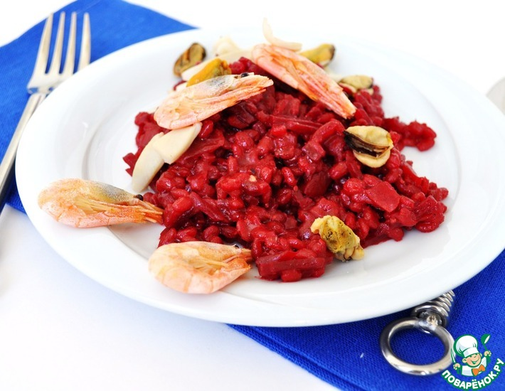 Рецепт: Свекольное орзотто с морепродуктами