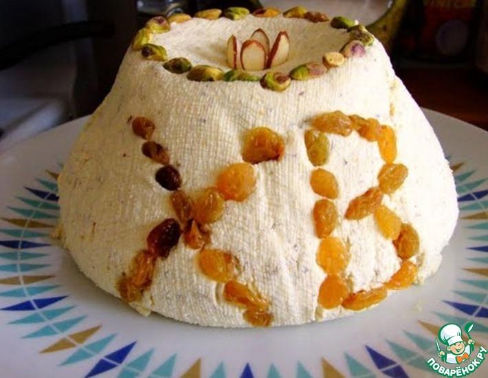 Рецепт: Творожная Пасха с орехами и курагой