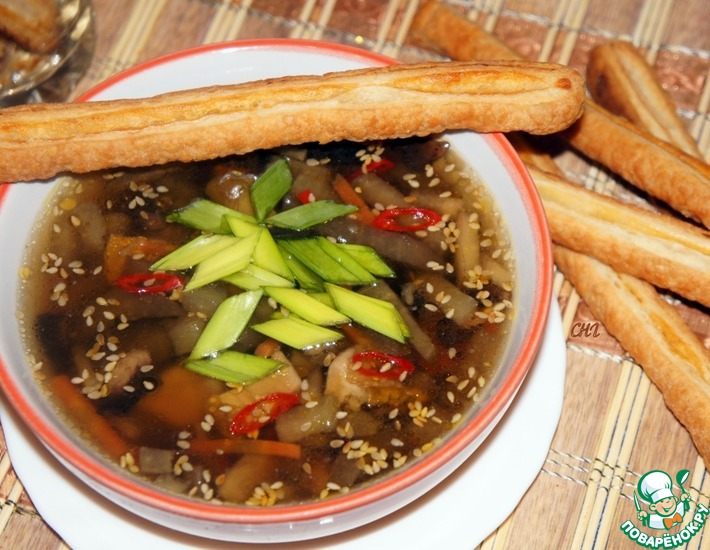 Рецепт: Грибной суп с баклажанами