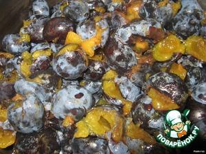 Сливовый соус с грецкими орехами – кулинарный рецепт
